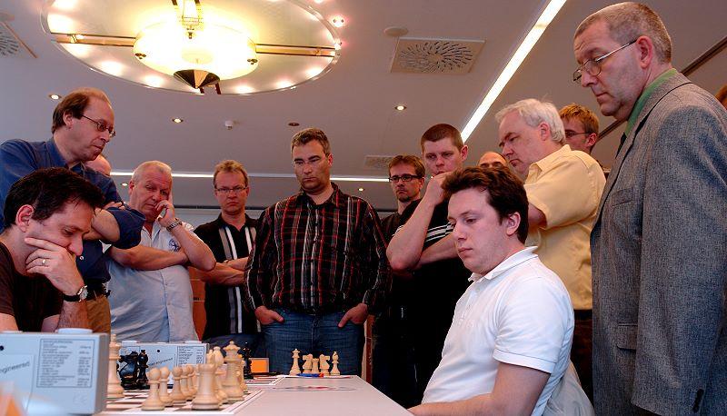 GM Arkadij Naiditsch gewinnt gegen GM Rogozenko