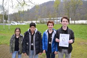 v.li.: Kassandra, Raja, David und Felix