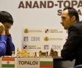 anand-topalov_wm_2010_bossert_0125